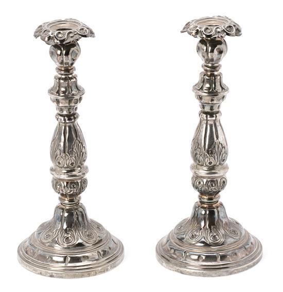 Pareja de candeleros barceloneses en plata, de finales del siglo XIX