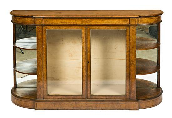 An English display cabinet in walnut root with brass fillets, from the early 20th Century