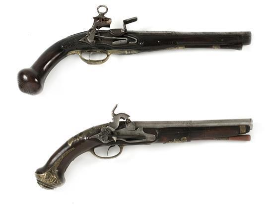 Dos pistolas catalanas de Ripoll en madera, plata y acero, hacia 1770-1780