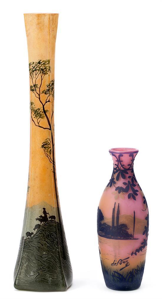 Cristallerie de Pantin y Legras Dos jarrones Vidrio policromado de varias capas grabado en camafeo y vidrio esmaltado