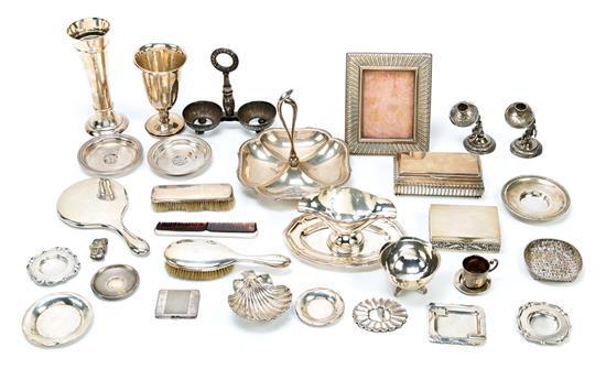 Diversas piezas españolas en plata, de la segunda mitad del siglo XIX a mediados del siglo XX