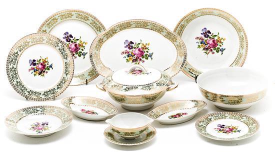 Vajilla francesa en porcelana de Limoges, del segundo tercio del siglo XX