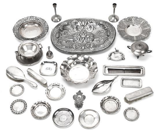 Diversas piezas españolas en plata, de mediados del siglo XX