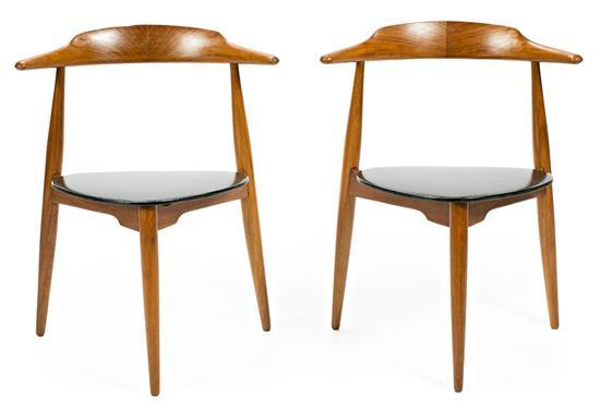 Hans Wegner Dinamarca 1914 - 2007 Pair of chairs