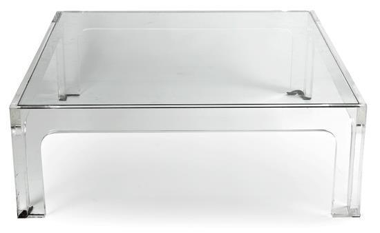 Mesa baja de metacrilato y cristal, hacia 1970