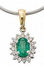 Colgante de esmeralda orlada de diamantes