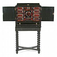 Dutch-style cabinet in ebonized wood and tortoiseshell with gilt-bronze applications, second half of the 19th Century 154.5x75.5x34 cm