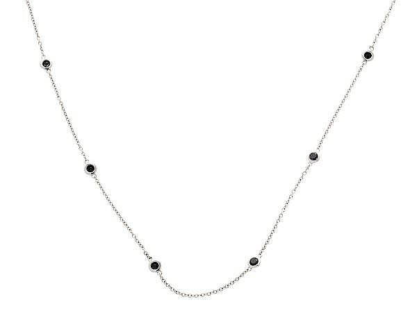 Collar de diamantes negros