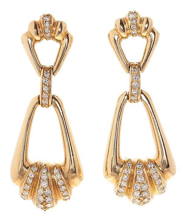 Pendientes largos en oro y diamantes