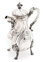 Cafetera alemana estilo Luis XV en plata, de finales del siglo XIX-principios del siglo XX