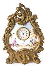 Reloj de sobremesa austriaco en bronce y esmalte, de principios del siglo XX