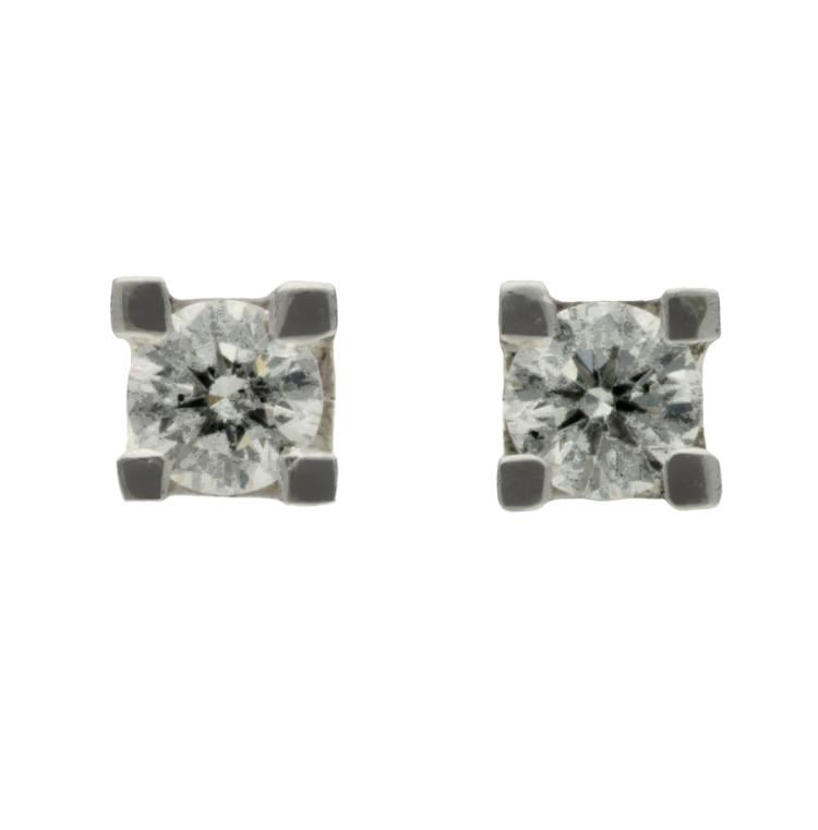 Diamonds stud earrings White gold and brilliant cut diamonds, 0.45 cts. 0,4 cm 2 gr