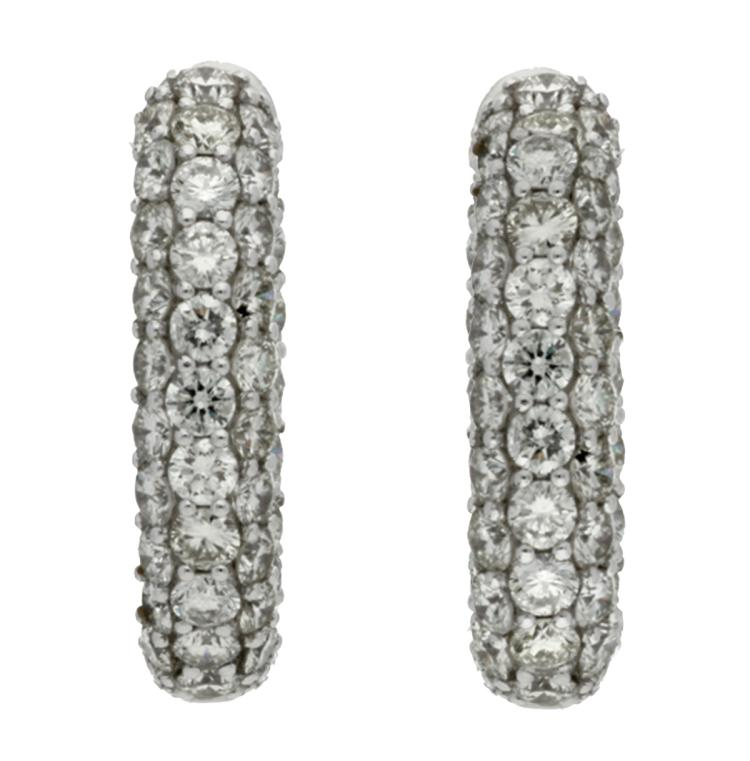 Diamonds creole earrings White gold and brilliant cut diamonds, 5.71 cts. 2,5 cm 13 gr