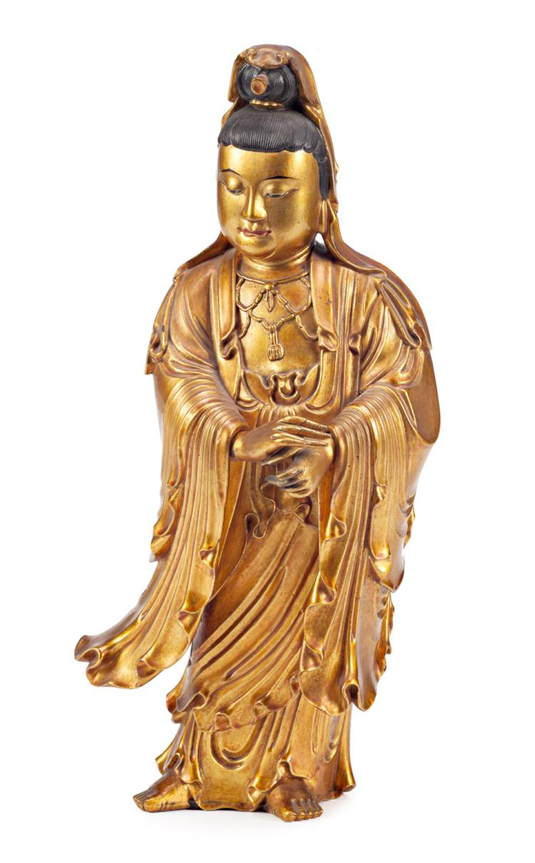 Chinese school, 19th Century Guanyin Lacquered and gilt wood sculpture Wooden stand 35,5x14x12 cm