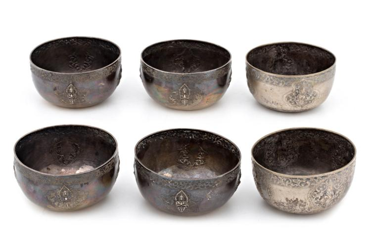 Chinese set of six silver finger bowls, first half of the 20th Century  820 gr 7x12,5x12,5 cm
