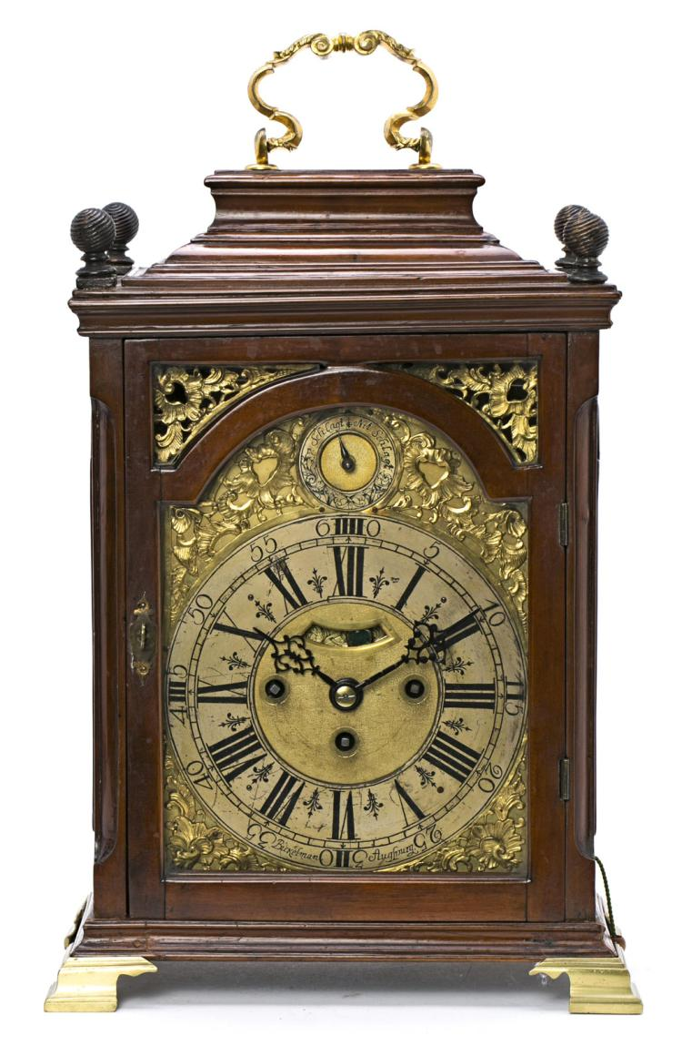 German Bracket Table Clock With Case In Mahogany And Gilt  # Muebles Calle Dato