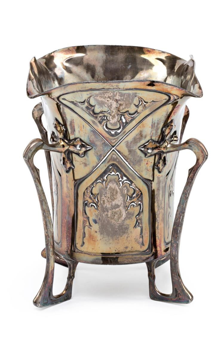 Art Nouveau vase-refresher in silver-plated metal, early 20th Century 30,5x29x29 cm