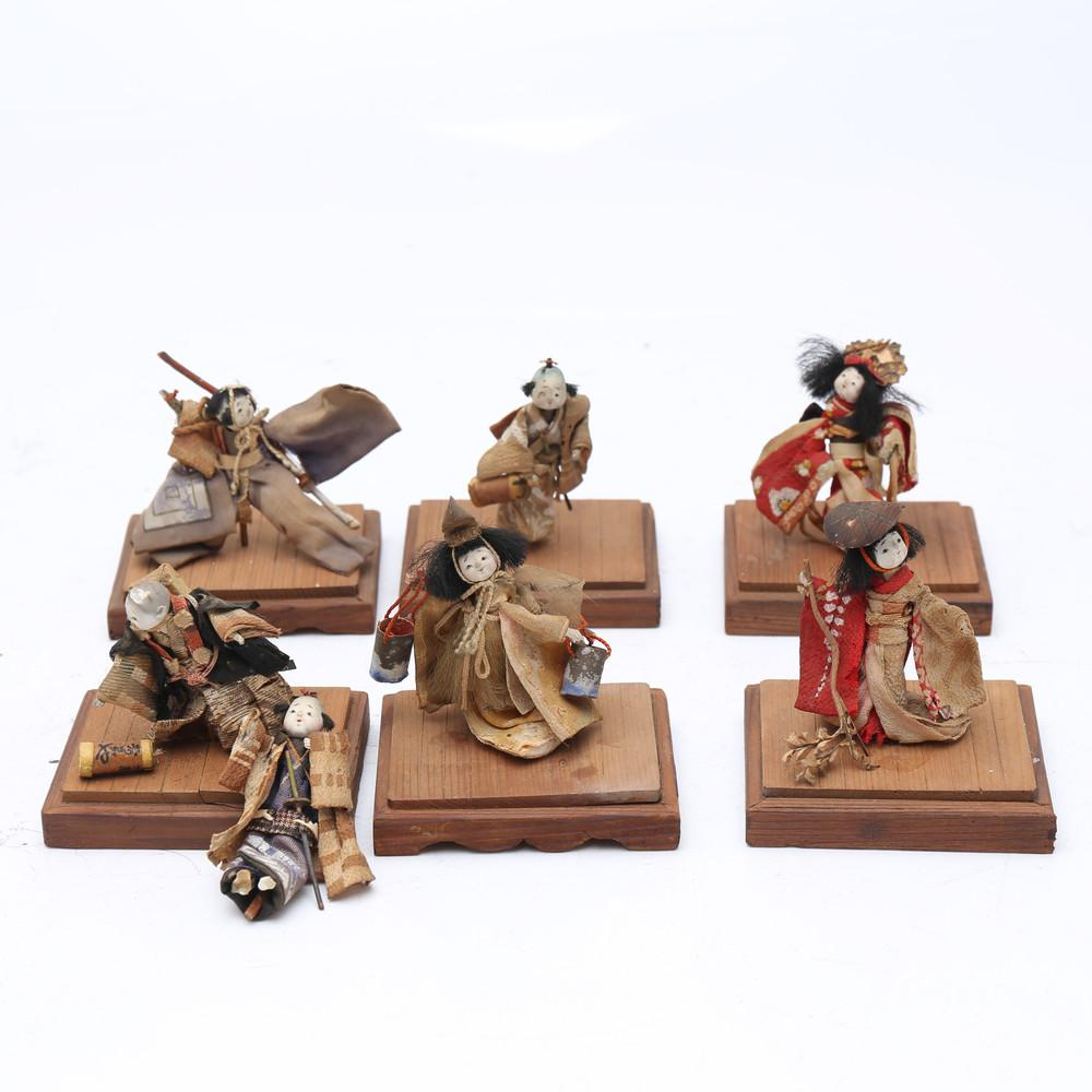 Seven Chinese miniature puppets, early 20th Century.