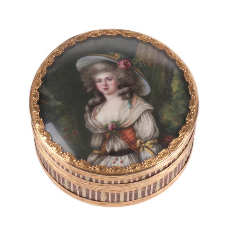 Antique 18K gold tortoise shell jewelry box