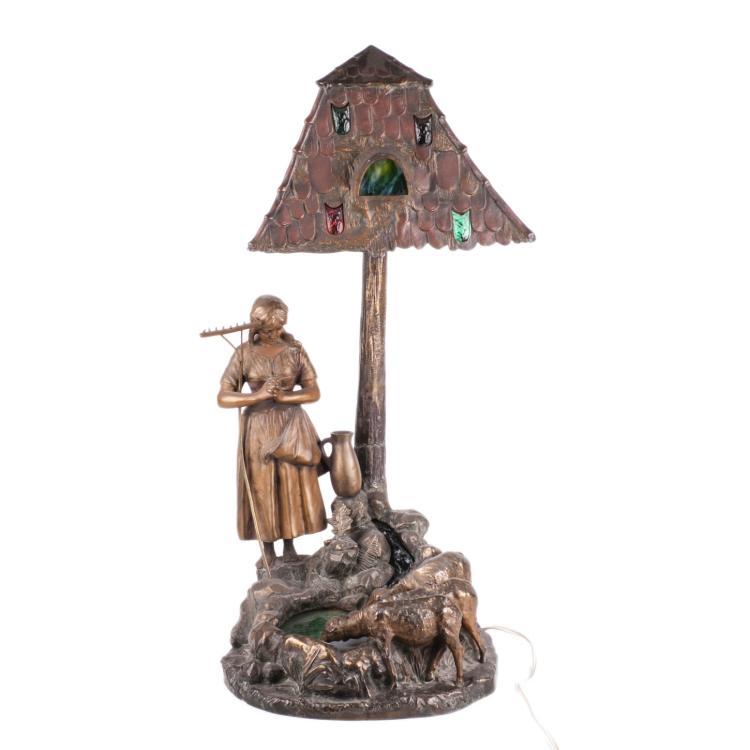 Art nouveau desk lamp