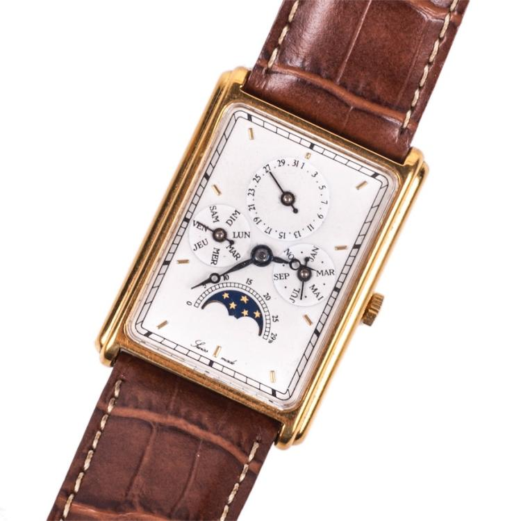 Swiss gilded men's wristwatch with calendar