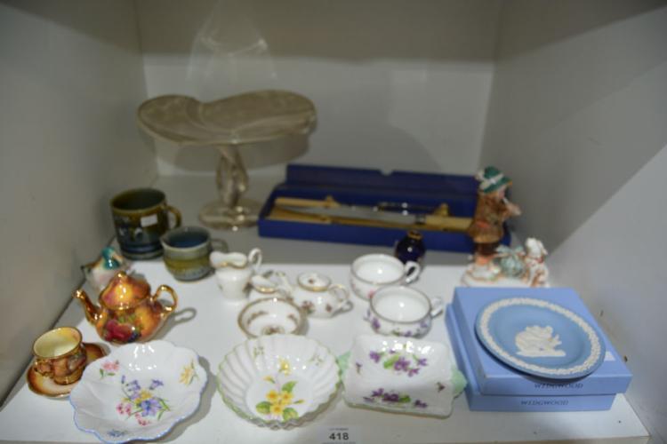 Various porcelain items incl. Shelley pin