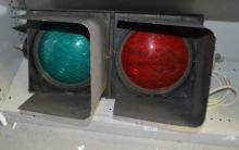 Twin lens traffic light, in working order