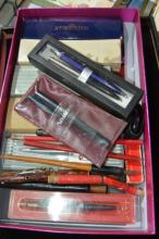 Qty of writing vintage pens,