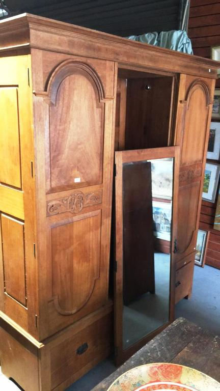 Early 20th Century Queensland Maple Wardrobe 2 Carved Panell