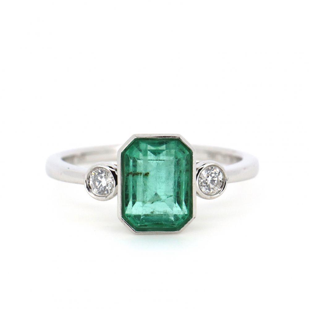 14K White Gold, Emerald and Diamond, Trilogy Ring