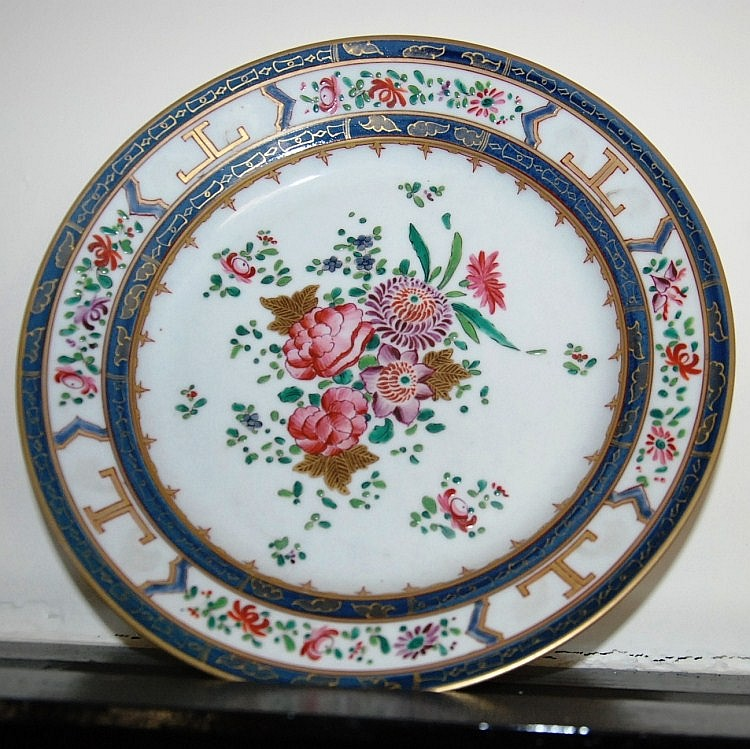 Antique Lowestoft porcelain plate in the Chinese
