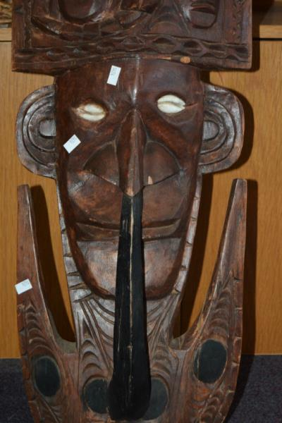 Carved wooden new guinea wall mask