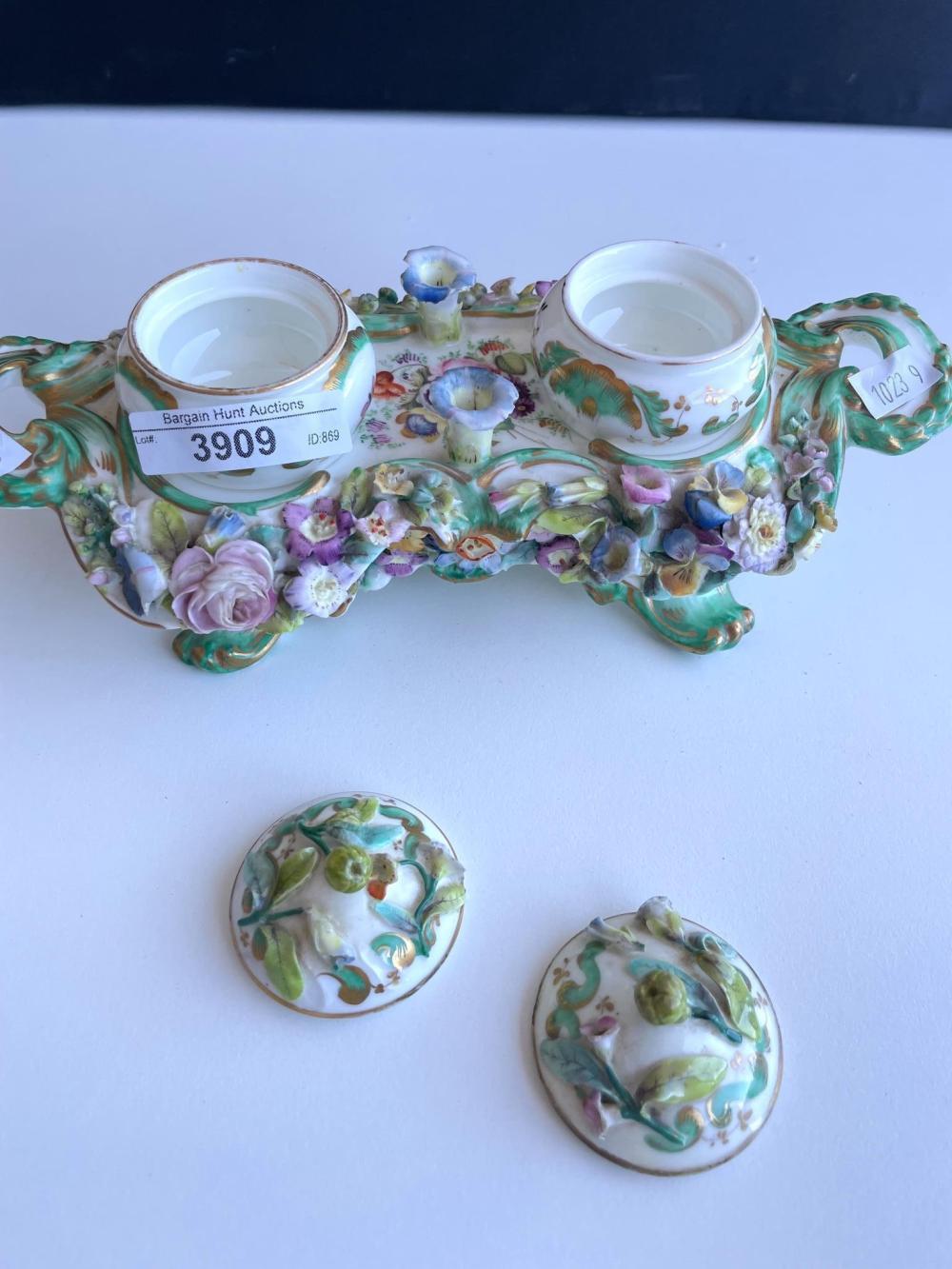 19th Century European porcelain desk stand, 10 x 22 cm. (3.94 x 8.66 in.)