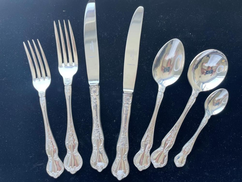 Luke silver plate cutlery setting for eight ''Celebrity''