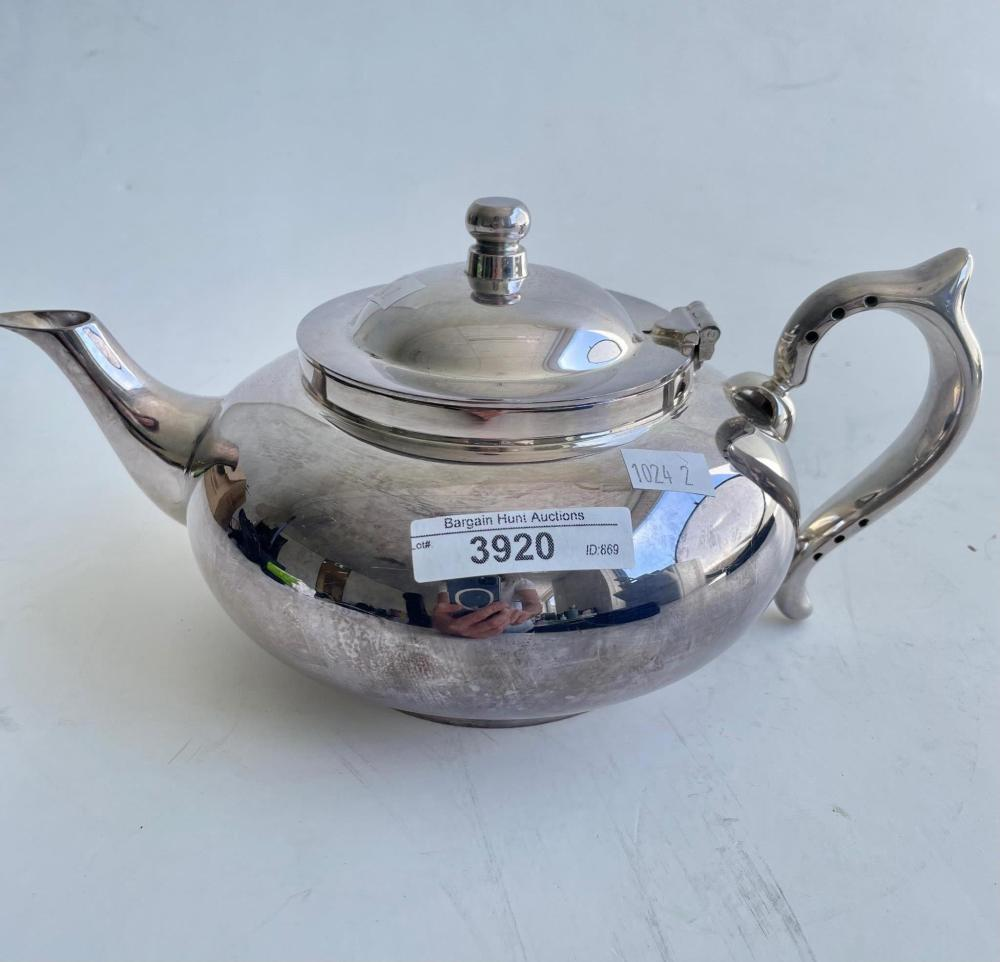Perfect teapot, silver plate, hinged lid with internal strainer
