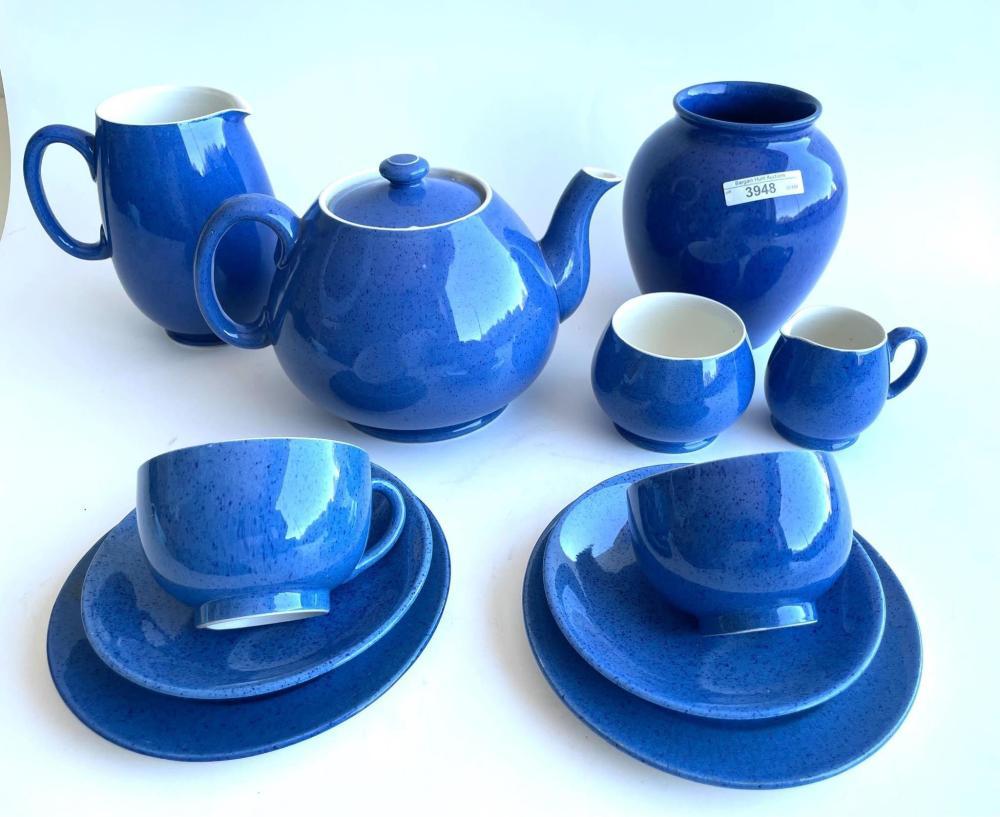 11 pieces of vintage Moorcroft powder blue vase 15 cm. (5.91 in.)
