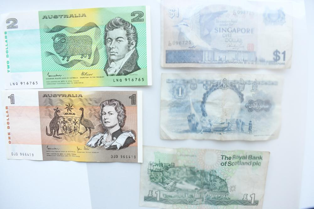 5 assorted paper banknotes