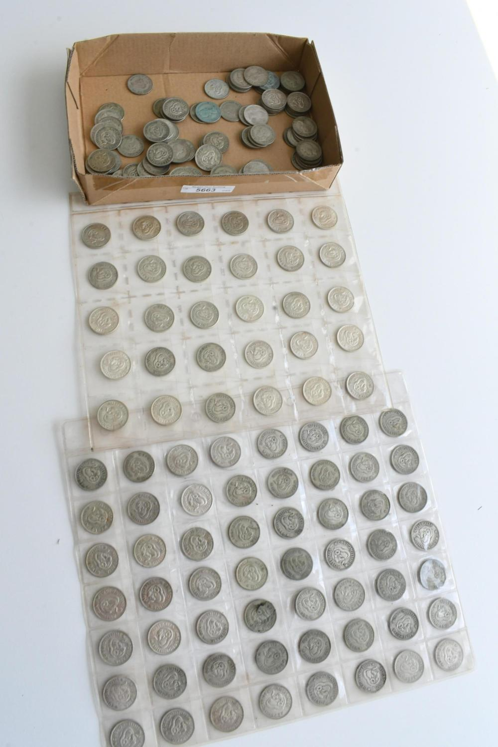 Approx. 182 Australian shilling coins