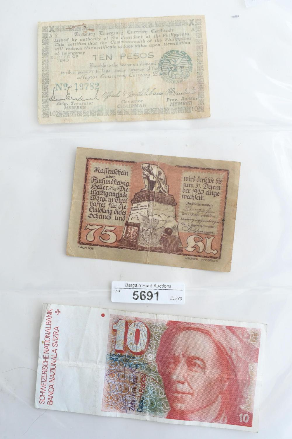 Collection of 16 assorted early bank notes