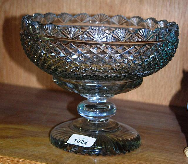 Antique cut crystal fruit bowl on circular footed