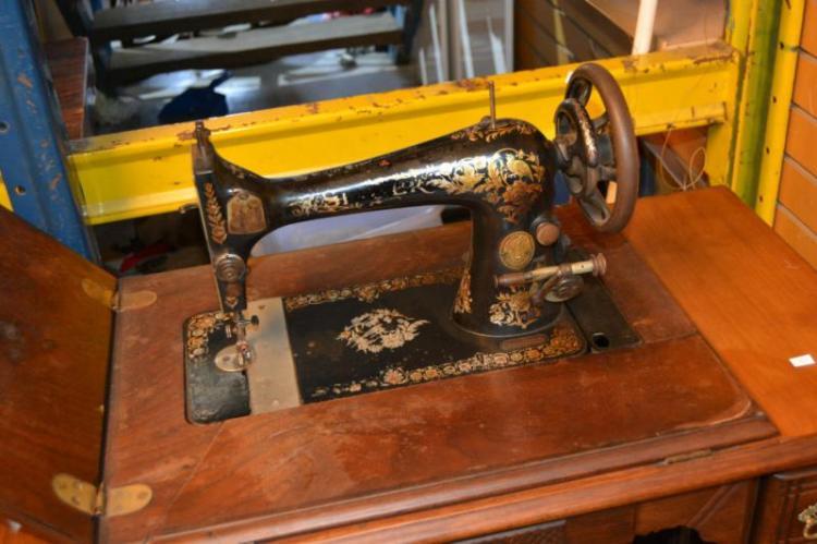 singer treadle base sewing machine. Black Bedroom Furniture Sets. Home Design Ideas