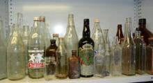 Lge qty of vintage bottles incl. pop, port and a