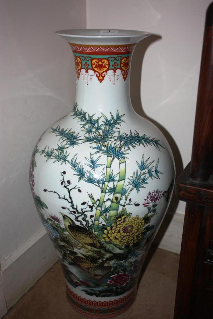Large chinese floor vase decorated with birds flowers and for Floor vase with flowers