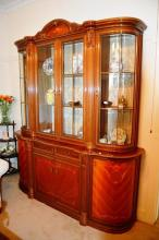 Fine Italian walnut sideboard display cabinet, 4 upper glazed doors, curved ends & fluted half columns, lower section with 1 drawer and 4 panelled doors, inlaid detail, 234cm T x 200cm W, note: top comes off for transport