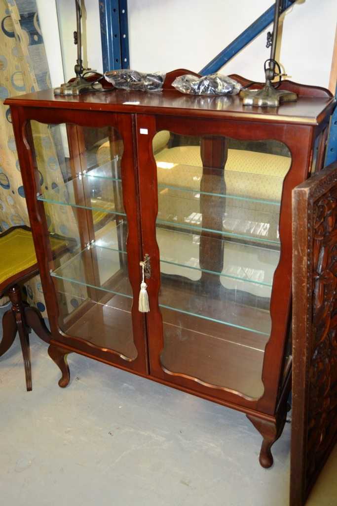 Coachwood 2 Door Glass Fronted Display Cabinet Comes With