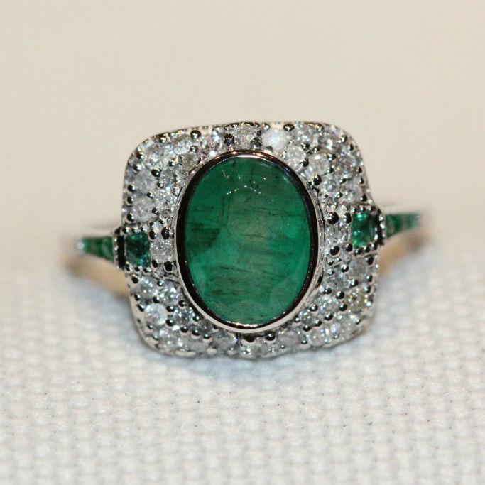 18ct white gold emerald & diamond dress ring,