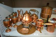 Kitchen copper items to incl. teapots &