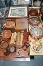 Various timber items incl. tray, salt & pepper