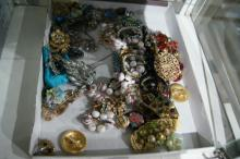 Large qty of costume jewellery, necklaces,
