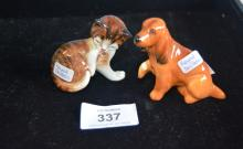 Small Royal Doulton figure seated Cocker Spaniel puppy, with injured paw, model K9, 6cm tall, together with a Royal Doulton kitten licking its rear paw, 5.5cm T